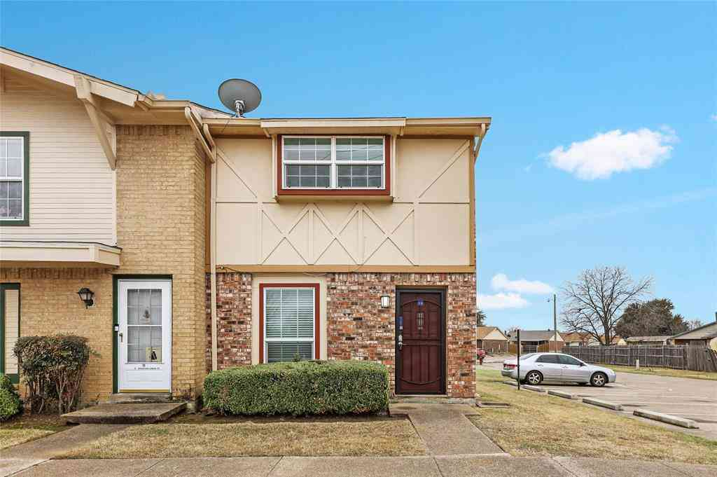 92 E Mountain Creek Court #1, Grand Prairie, TX, 75052,