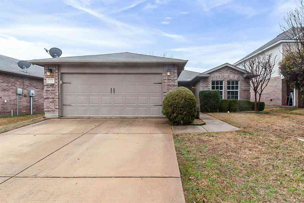 532 Lead Creek Drive, Fort Worth, TX, 76131,