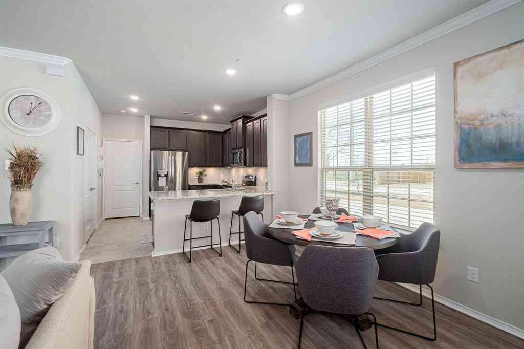 Sunny Living Room, 2329 Canongate Drive, Denton, TX, 76207,