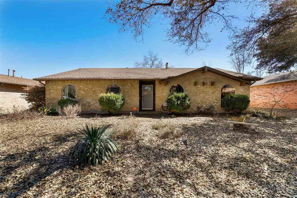 450 Thistle Drive, Garland, TX, 75043,