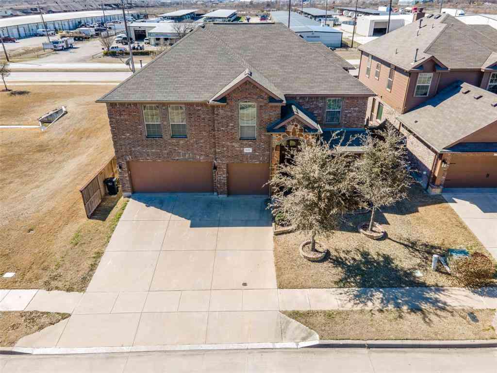 10061 Red Bluff Lane, Fort Worth, TX, 76177,