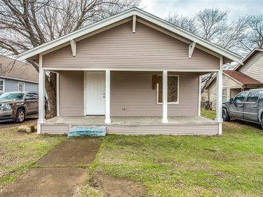 956 E Allen Avenue, Fort Worth, TX, 76104,