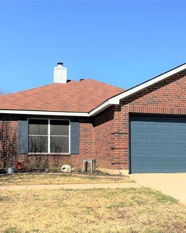 1404 Eufemia Drive Denton, TX, 76027