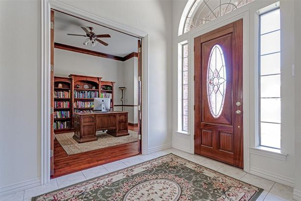 2106 Spring Meadow Trail