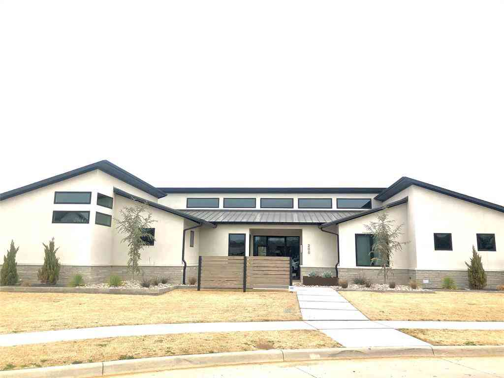 1511 N Fielder Road, Arlington, TX, 76012,