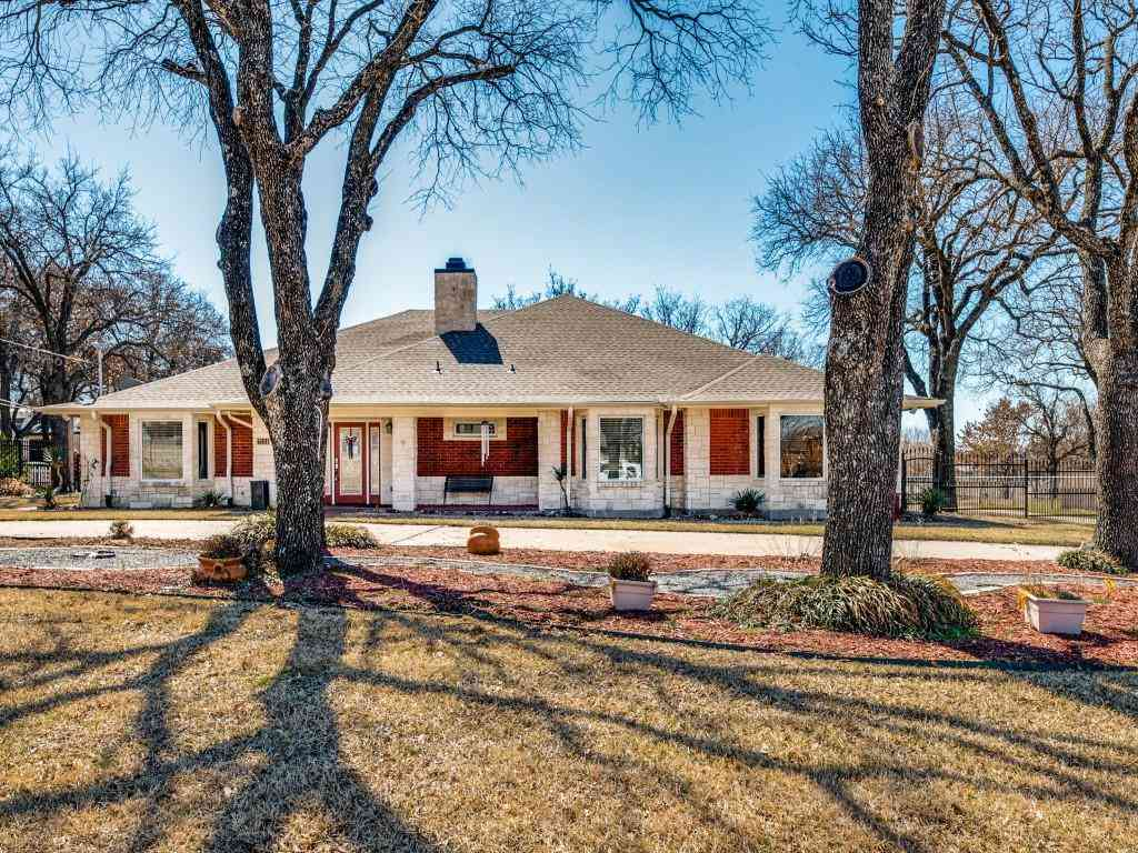 7224 Bursey Road, North Richland Hills, TX, 76182,
