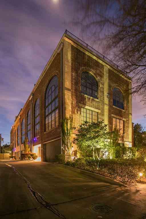 3911 Gilbert Avenue #B, Dallas, TX, 75219,