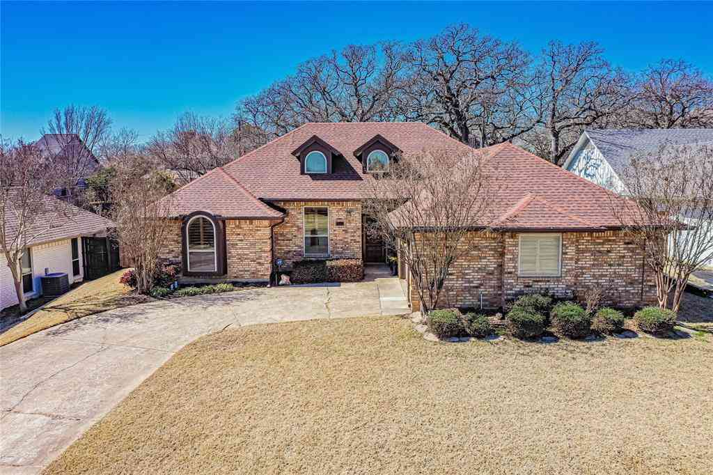 7513 Kingswood Court, North Richland Hills, TX, 76182,