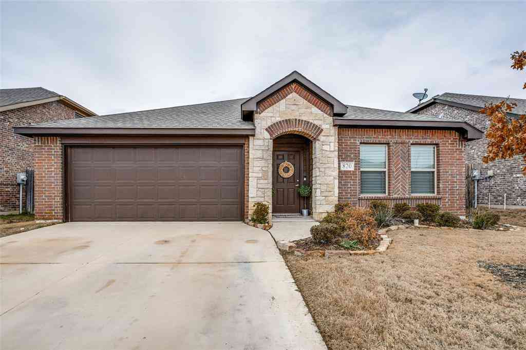 820 Richwood Drive, Fort Worth, TX, 76036,