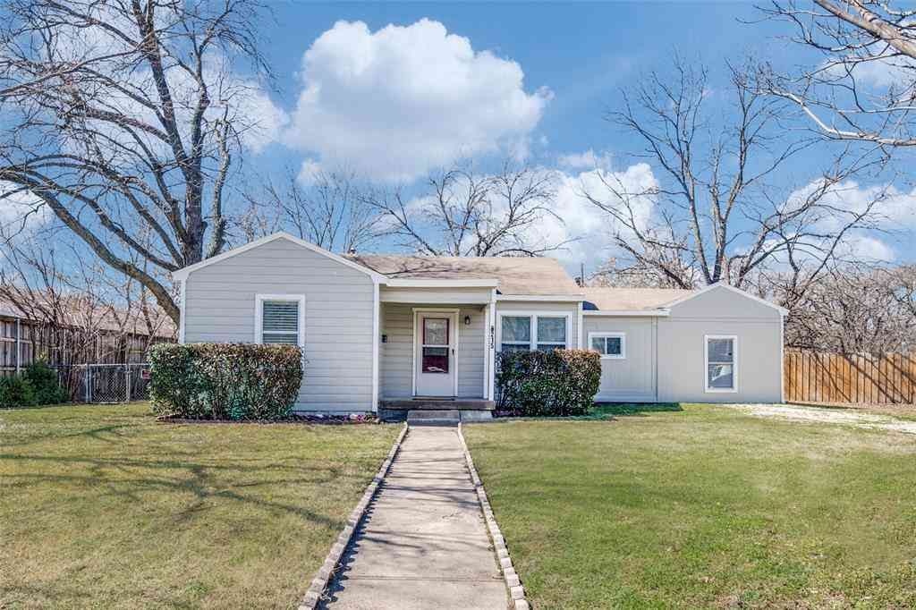 215 Parkway Drive, Irving, TX, 75061,