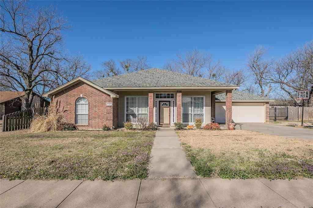 702 S 3rd Street, Grandview, TX, 76050,