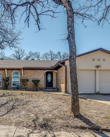 7616 Acapulco Road Fort Worth, TX, 76112