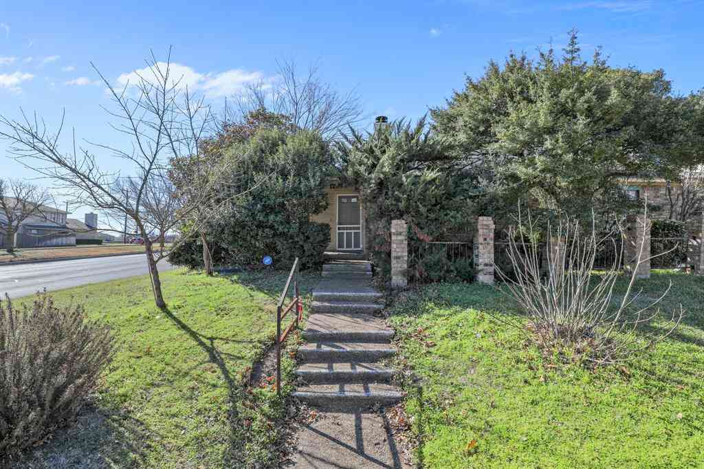 4401 Hulen Circle W, Fort Worth, TX, 76133,