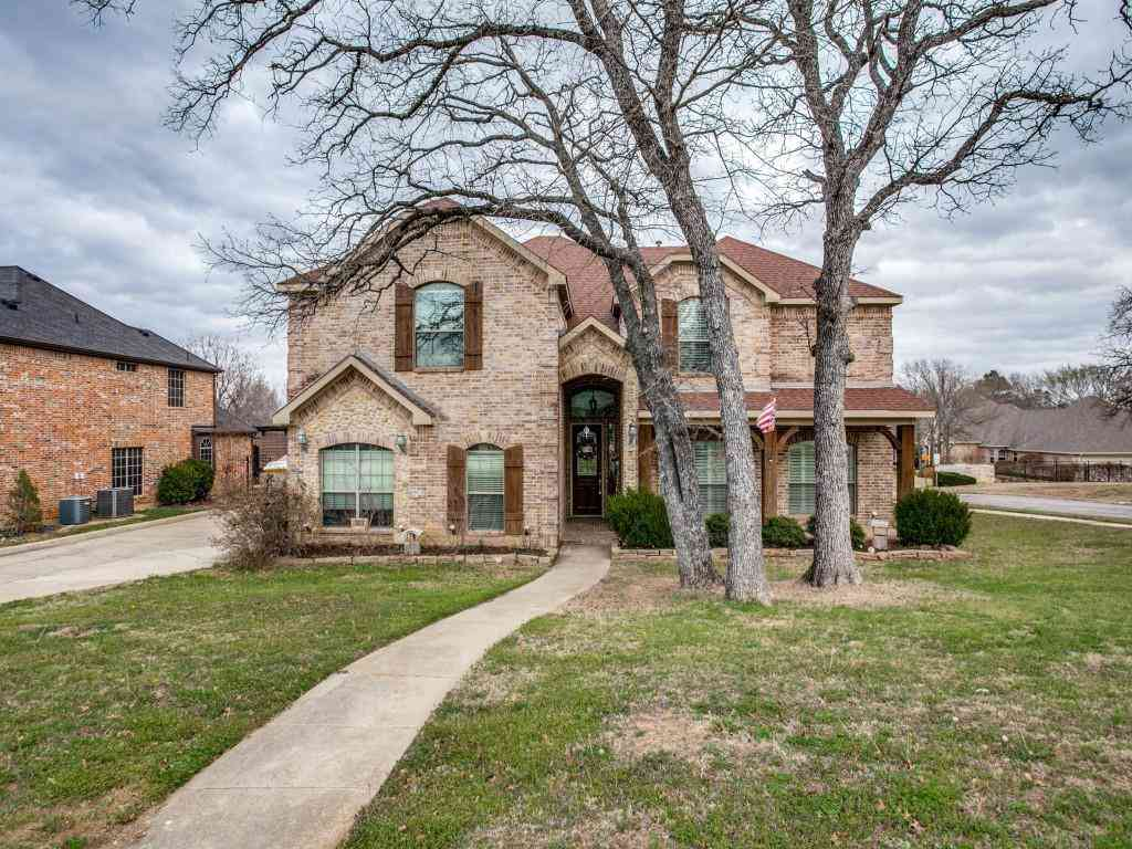 800 Whitley Court, Kennedale, TX, 76060,