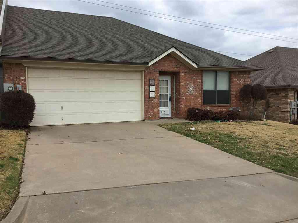913 Heather Court, Weatherford, TX, 76086,