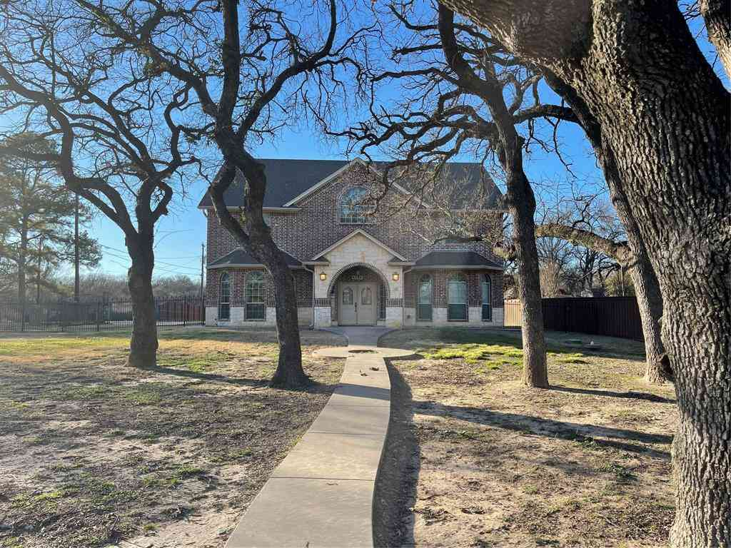 4100 Brooks Baker Avenue, Lakeside, TX, 76135,