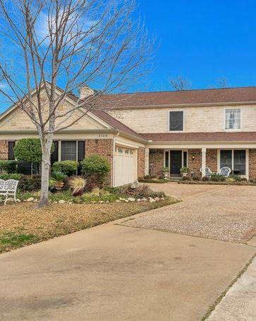 3308 John Court N Hurst, TX, 76054