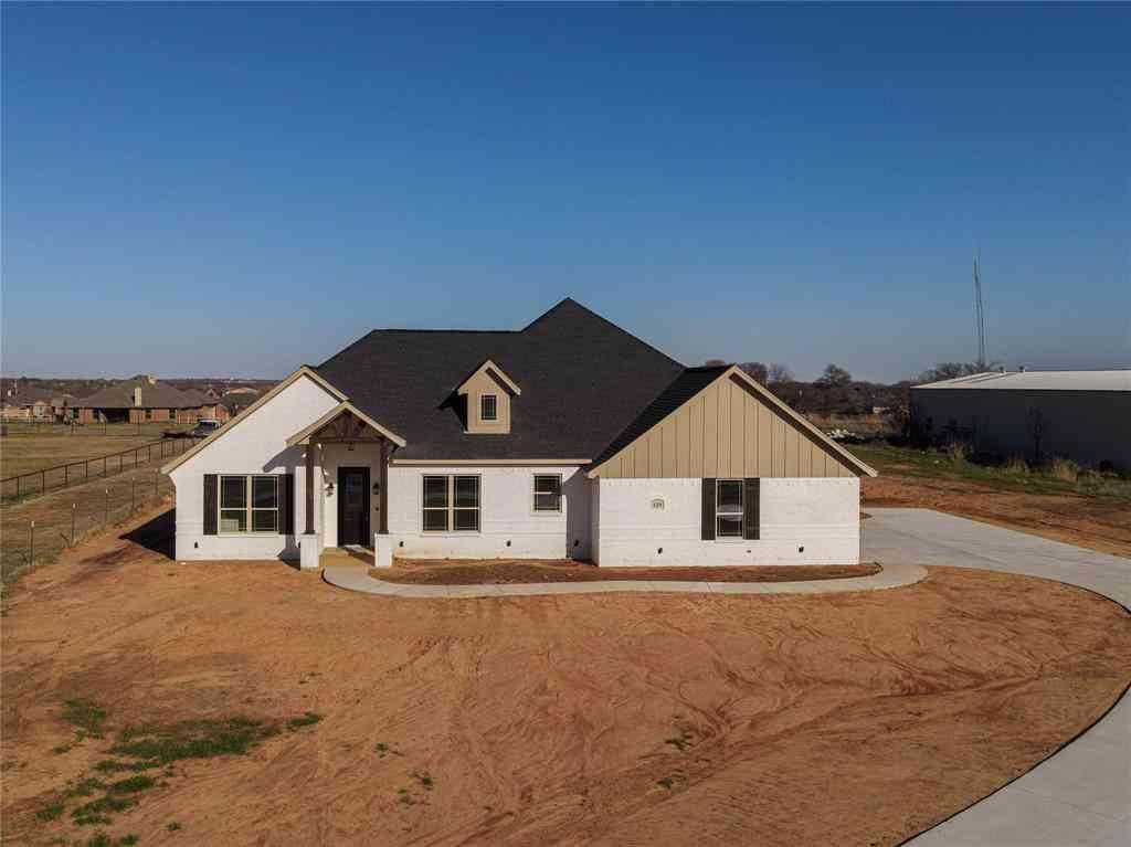 125 Remington Park Drive, Springtown, TX, 76082,