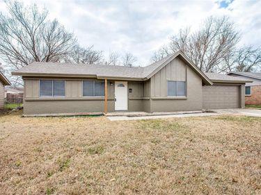 917 Marlene Drive, Everman, TX, 76140,