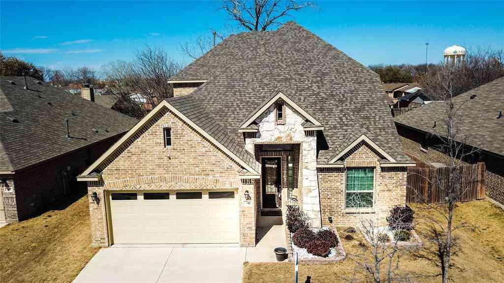 744 Ravenwood Drive, Saginaw, TX, 76179,