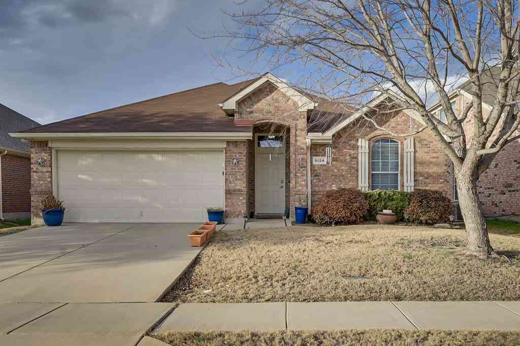 5124 Breeze Hollow Court, Fort Worth, TX, 76179,