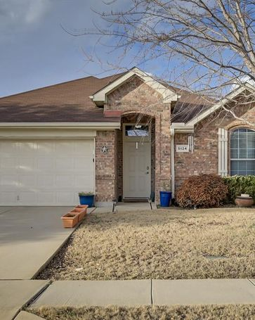 5124 Breeze Hollow Court Fort Worth, TX, 76179