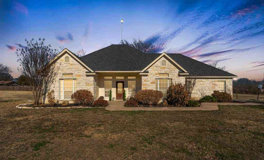 1120 Valley View Drive, Cleburne, TX, 76033,