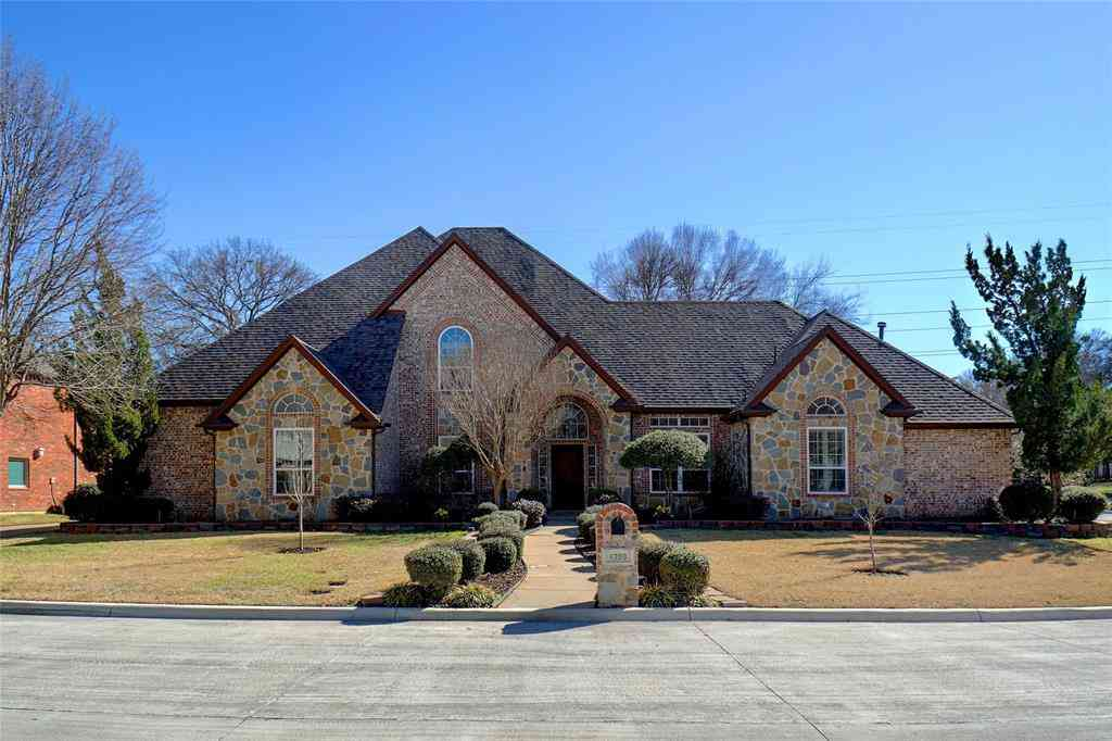 6200 Riverview Circle, Fort Worth, TX, 76112,