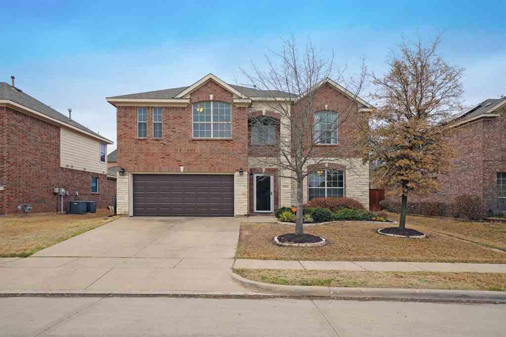 9909 Crawford Farms Drive, Fort Worth, TX, 76244,