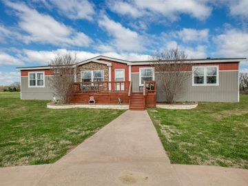 2111 Country View Drive, Combine, TX, 75159,