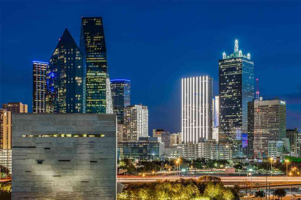2408 Victory Park Lane #938, Dallas, TX, 75219,