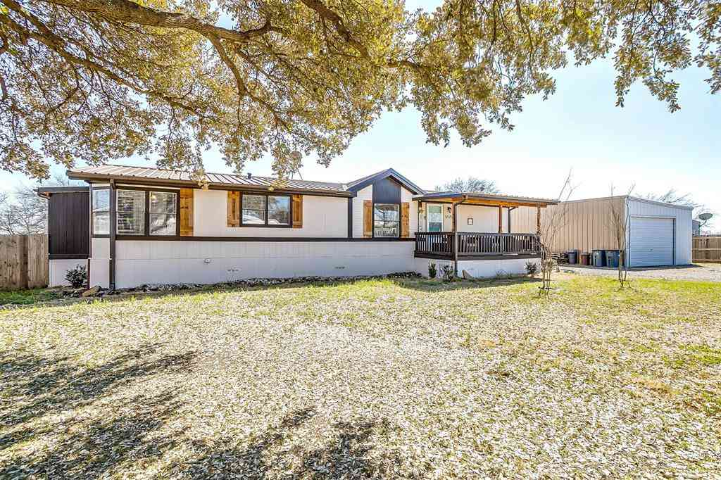 5525 Robert Circle, Alvarado, TX, 76009,