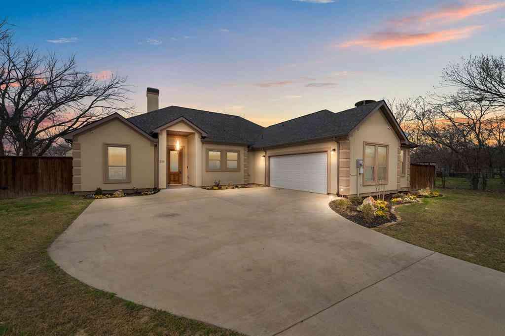 213 E Barron Avenue, Everman, TX, 76140,