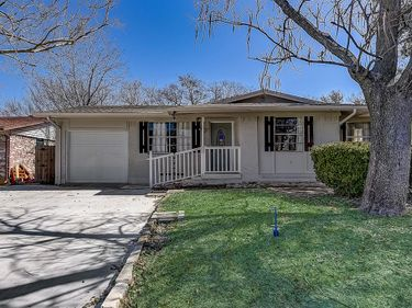1835 S Perry Road, Carrollton, TX, 75006,