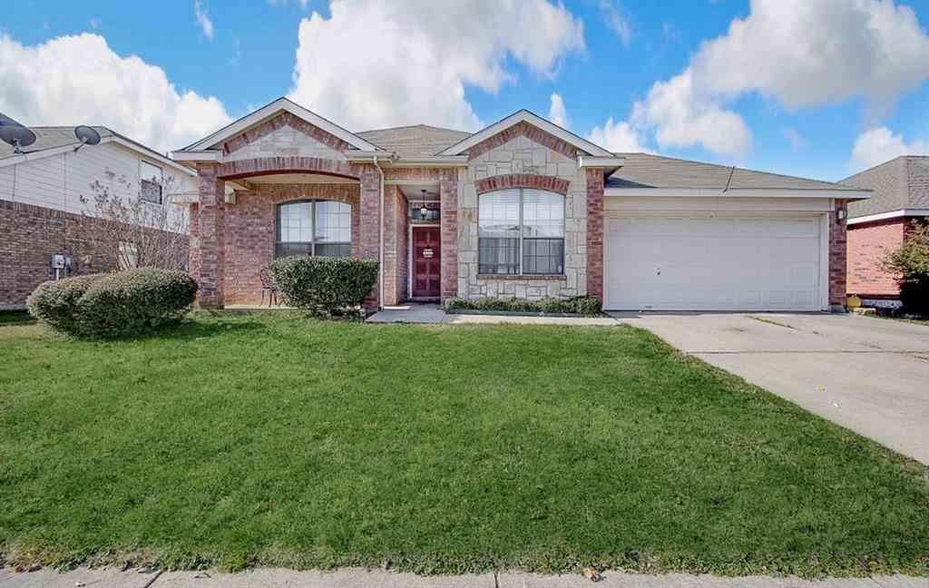 9513 Fox Hill Drive, Fort Worth, TX, 76131,