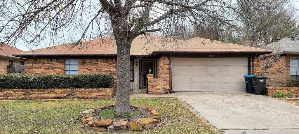 1900 Willow Vale Drive, Fort Worth, TX, 76134,