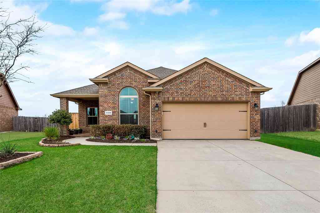 5109 Crystal Lake Avenue, Krum, TX, 76249,