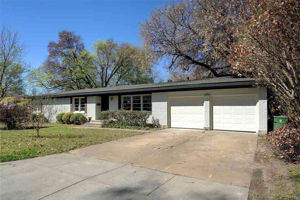3805 Labadie Drive, Richland Hills, TX, 76118,