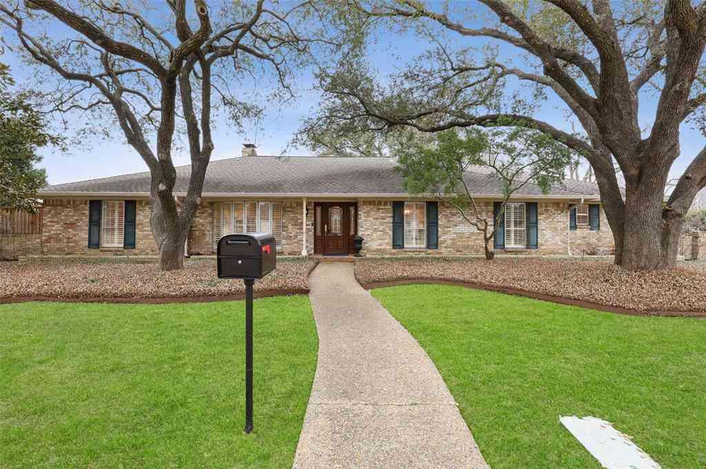 7331 Roundrock Road, Dallas, TX, 75248,
