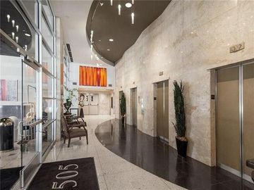 1505 Elm Street #402, Dallas, TX, 75201,