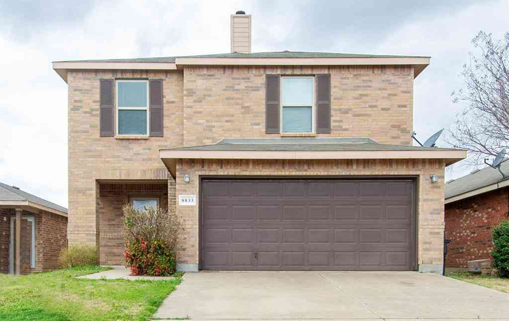 8833 Valley River Drive, Fort Worth, TX, 76244,