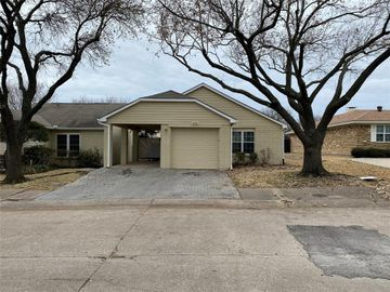 5533 Club Crest Drive, Mesquite, TX, 75150,