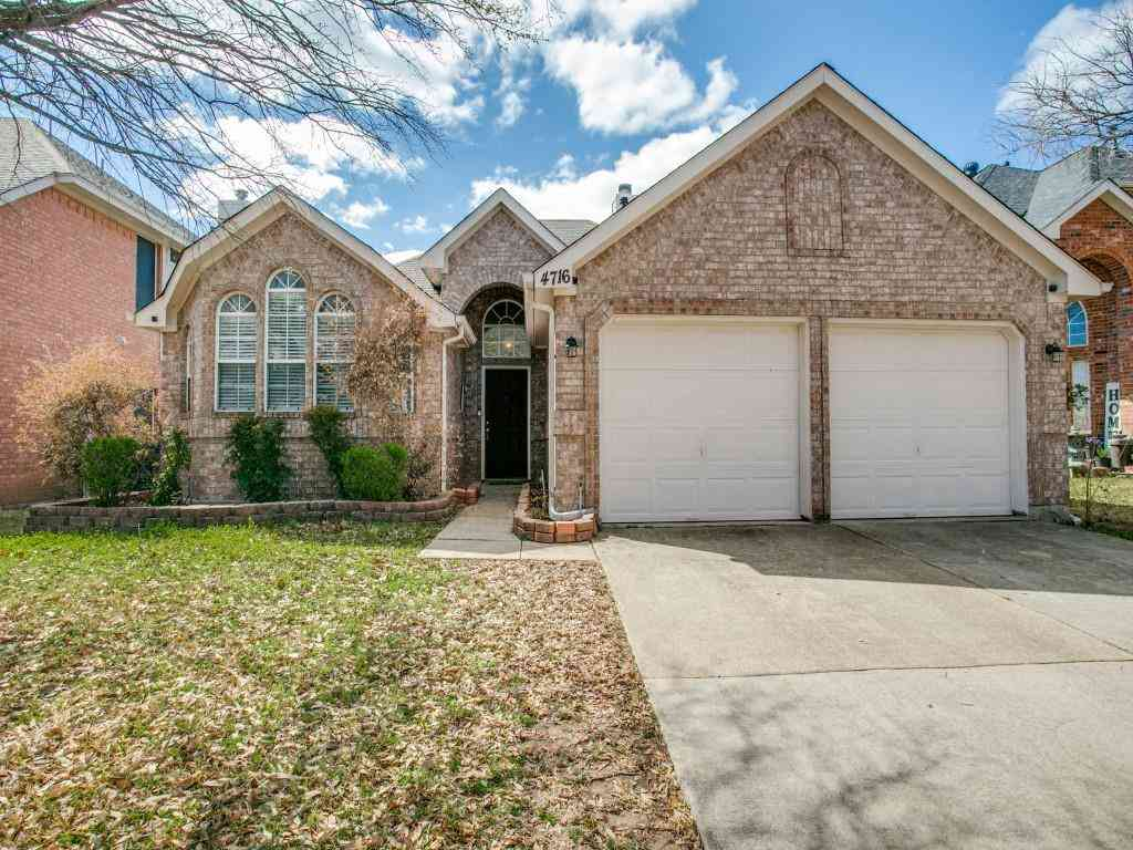 4716 Misty Ridge Drive, Fort Worth, TX, 76137,