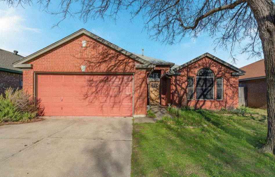 804 Stafford Station Drive, Saginaw, TX, 76131,