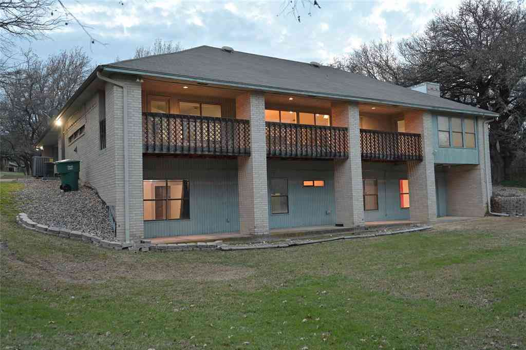 224 Pack Saddle Trail, Fort Worth, TX, 76108,