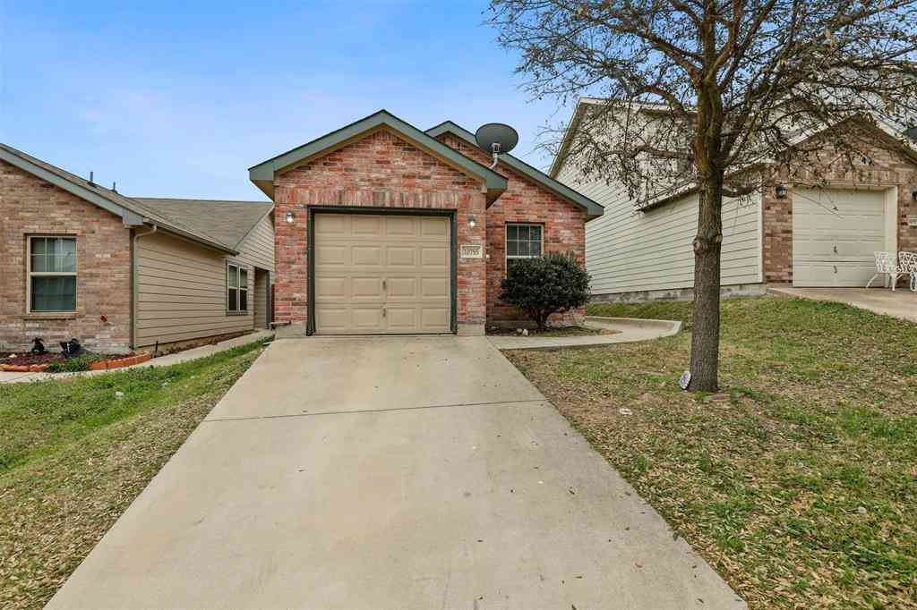 10755 Deauville Drive, Fort Worth, TX, 76108,