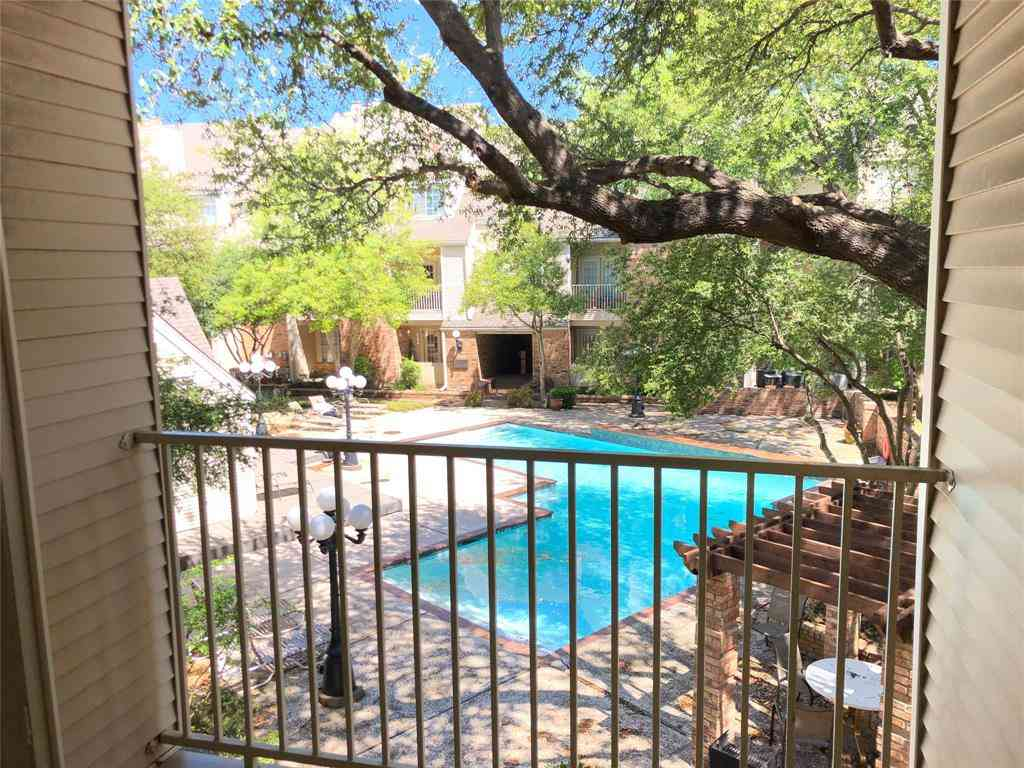 5325 Bent Tree Forest Drive #2208, Dallas, TX, 75248,