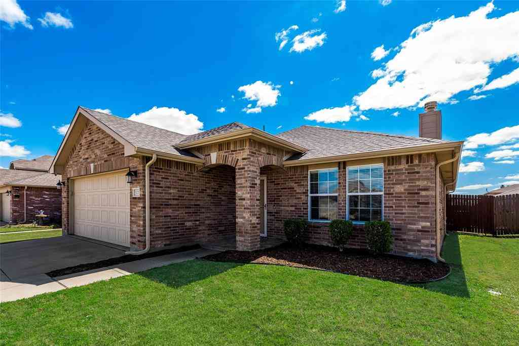 5729 Mountain Bluff Drive, Fort Worth, TX, 76179,