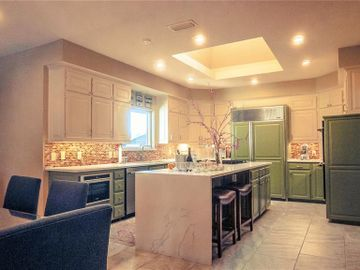 400 Sewell Court, Irving, TX, 75038,