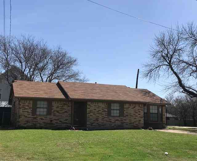 126 1/2 W. 5th Street, Krum, TX, 76249,